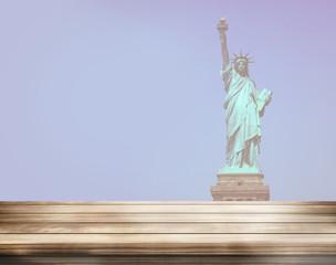 wood desk statue of liberty