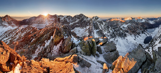 Spoed Foto op Canvas Chocoladebruin Panorama of winter mountain - Tatras, Slovakia