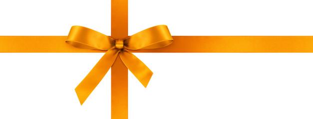 Orange Geschenkschleife und Geschenkband aus orangefarbenem Satin Panorama - Geschenk, Schleife, Band - Isoliert - weißer Hintergrund. Banner Vorlage für Grußkarten und Postkarten