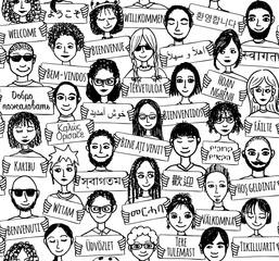 Hand gezeichnete Leute mit Willkommens-Schildern in verschiedenen Sprachen (seamless pattern / Hintergrundmuster in schwarzweiß)