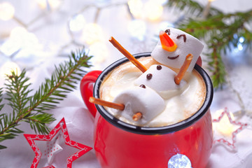 Photo sur Toile Chocolat Hot chocolate with melted snowman