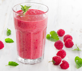 Raspberry smoothie for breakfast