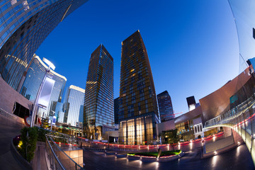 Fotorollo Las Vegas Business centre during night time in Las Vegas