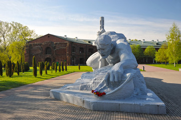 "Memorial ""Brest fortress-hero"" and the monument ""thirst"".Belarus"