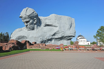 The monument to the defenders of the Brest fortress and the ruin