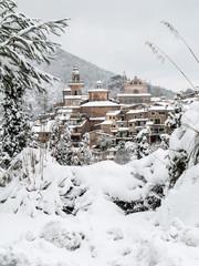 Ausblick auf Valldemossa im Schnee