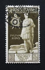 il Bimillenario dell'imperatore Augusto commemorato in un francobollo italiano usato