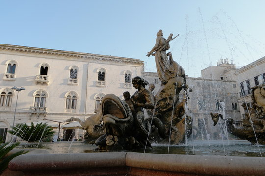 Fountain Artemide in place archimede of Ortigia in Syracuse