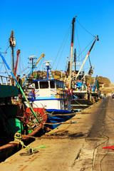 Mooring fishing boats and the equipments