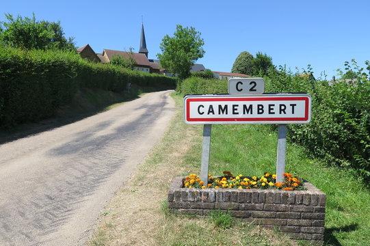 Camembert - Frankreichs berühmtestes Käsedorf