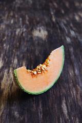 ripe melon slices