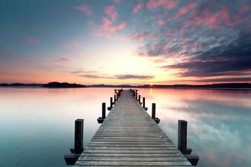 Papiers peints Bleu vert Sommermorgen mit Sonnenaufgang