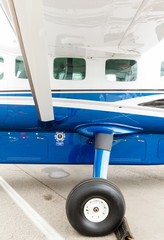 porthole and landing gear light aircraft