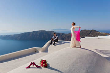 Wedding couple on the roof
