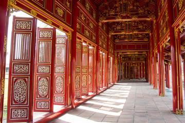 Foto op Textielframe Artistiek mon. Red shutters and doors in the citadel of Hue, Vietnam