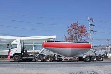 Cement Tank Cargo Truck