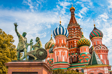 Tuinposter Moskou St. Basils cathedral on Red Square in Moscow, Russia