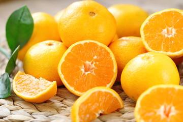 Fresh oranges