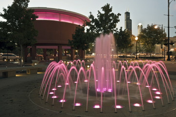Fotomurales - Fountain at UIC campus