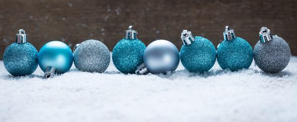 Bilder und videos suchen bis kitty - Blaue christbaumkugeln ...