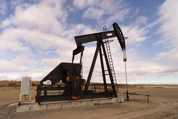 Wyoming Industrial Oil Pump Jack Fracking Crude Extraction Machi