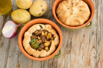 Panada, Torta salata ripiena di carne e patate, Cucina Sardegna