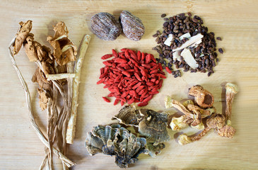 Chinese herbal soup ingredients