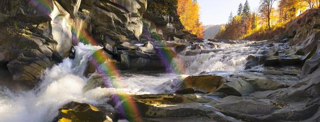 Fotobehang Blauwe hemel Waterfall