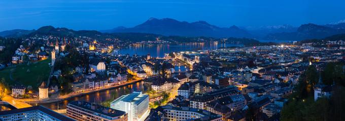 Foto op Canvas Turkije Luzern Panorama zur blauen Stunde