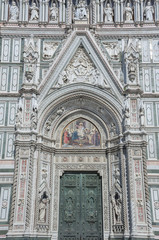 Fototapete - Details of Basilica of Santa Maria del Fiore (Basilica of Saint Mary of the Flower) in Florence, Italy