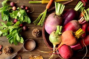 カラフルな冬の根菜