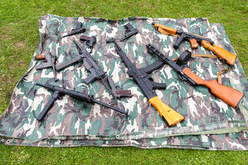 A large selection of replica classic and modern guns