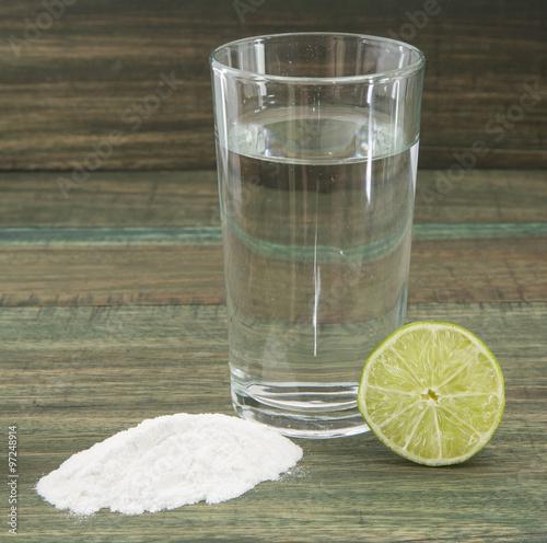 agua con limon y bicarbonato