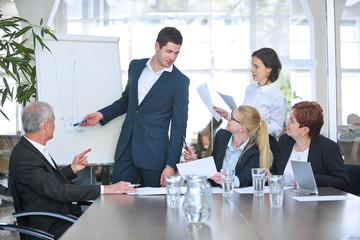 Geschäftsleute beim Business Meeting