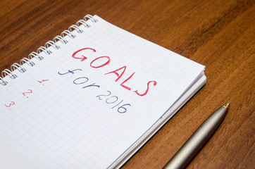 2016 goals conceptual on wooden background