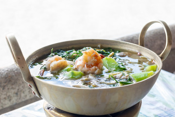 Thai Spicy Mixed Vegetable Soup with shrimp (Kang Liang Goong Sod )