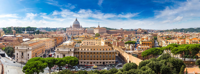 Wall Mural - Rome and Basilica of St. Peter in Vatican