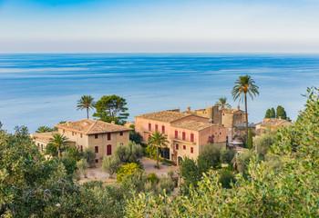 Landhaus Mediterran mit Meerblick