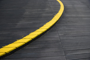 Close up - floor platform - yellow band