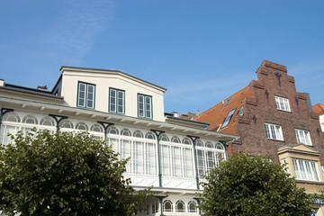 Gebäude an der Vorderreihe in Travemünde, Lübeck, Deutschland