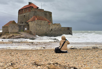 photographe pendant la tempête longue