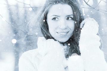 girl portrait snow