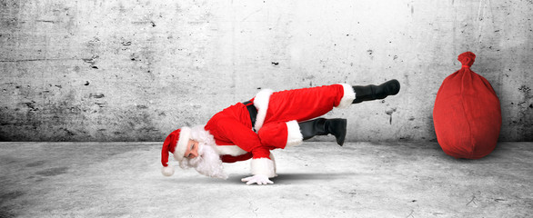 Tanzender Weihnachtsmann