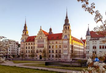 Landgericht Halle (Saale) am Abend