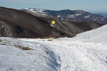 Skiroute sign in Apennines mountains