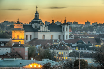 Fototapete - Vilnius, Lithuania: Church of Holy Spirit in the Sunset