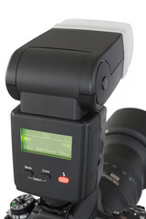 Blitzlicht an digitaler Spiegelreflexkamera