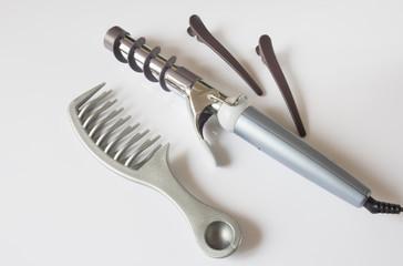 Парикмахерские инструменты завивка волос