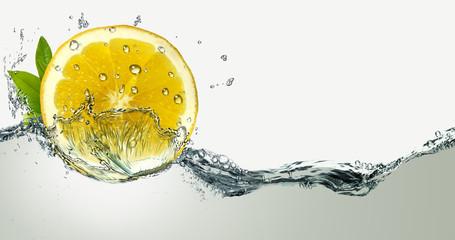 Lemon and water splashes.