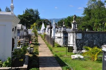 Ile de la Réunion - Cimetière Marin à Saint-Paul
